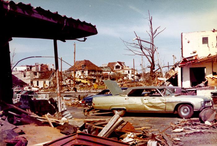 Above  Severe tornado ...